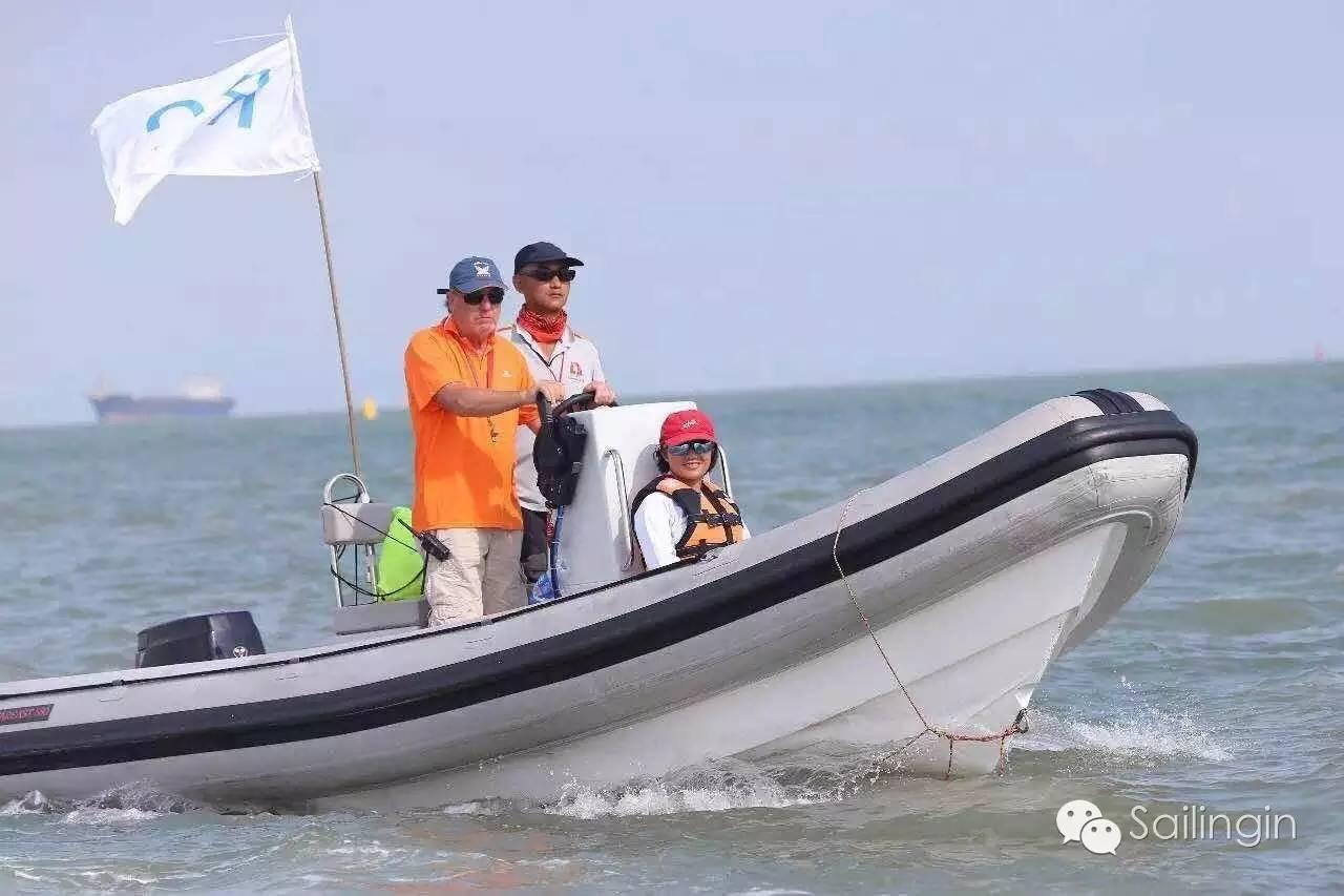 阳光,天气,厦门,工作人员,挑战赛 台风过后,有阳光照进心里,2016中国俱乐部杯帆船挑战赛堪称史上最温暖的帆船赛。 fe8bb46c5fd600e0ec65e401f6b9c5bd.jpg