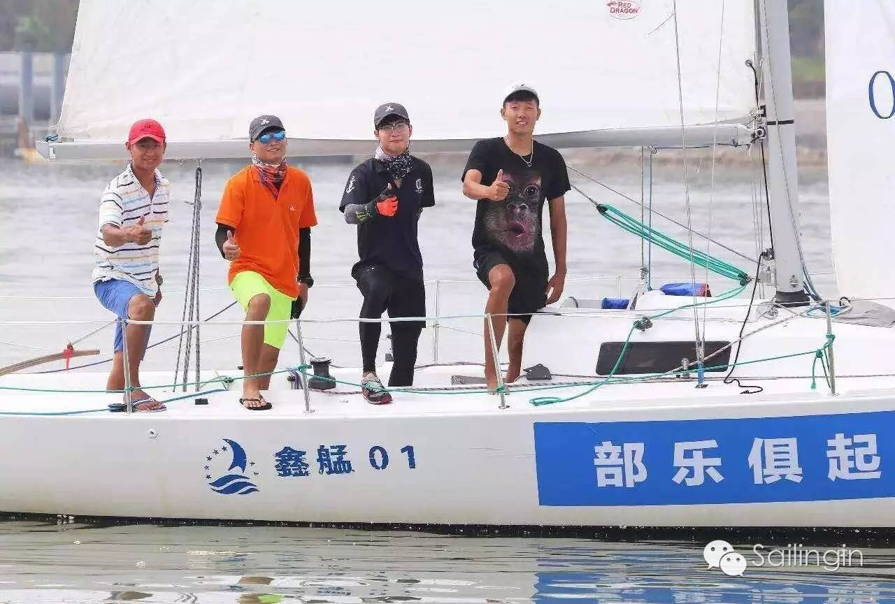 阳光,天气,厦门,工作人员,挑战赛 台风过后,有阳光照进心里,2016中国俱乐部杯帆船挑战赛堪称史上最温暖的帆船赛。 bf8c5a3f7df8f75e11b6735dc64e6ca7.jpg