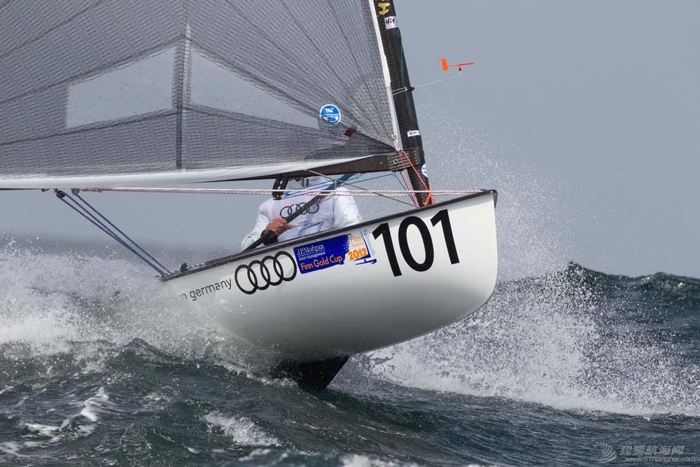 芬兰人级,帆船 芬兰人级帆船 matthias-miller-120517-finn-gcup-079_sm.jpg