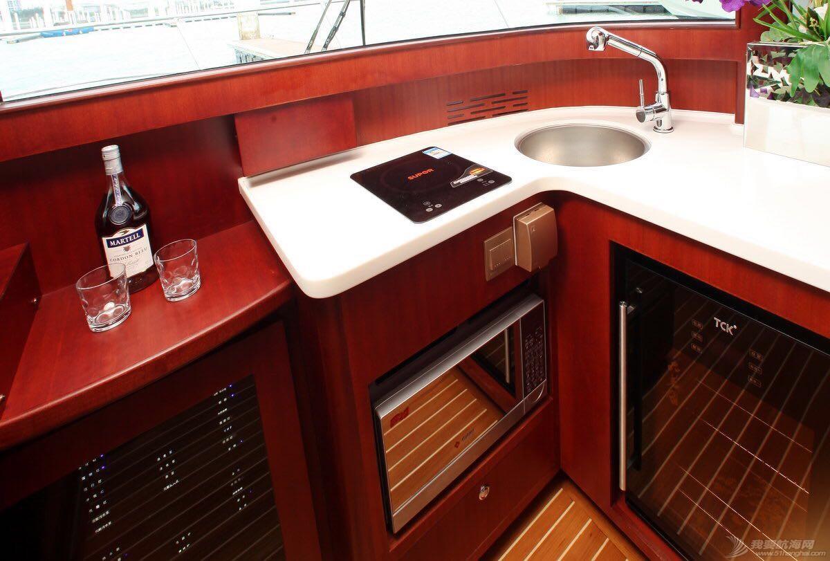 希仕德莱38尺双体游艇 厨房