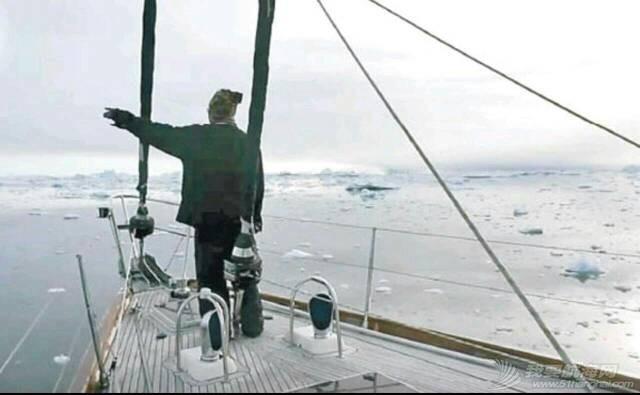"""香港""""探索之鹰""""号帆船抵北极圈 100801wcce1xc9cc1g7gc7.jpg"""