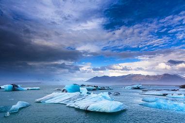 雷克雅未克,正态分布,海盗船,冰岛语,博物馆 想要极致感官体验?除了冰岛,别无他选! 135318mjqqxl2zmqqu9ffq.jpg