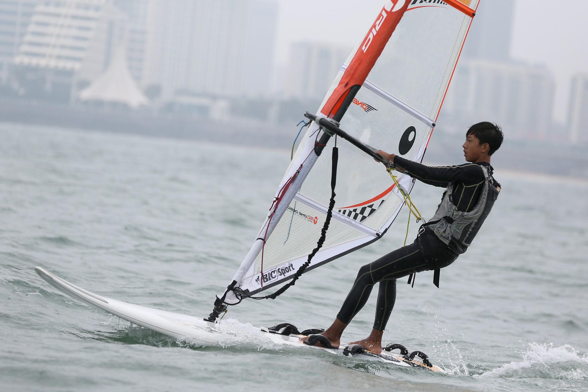 山东省,运动员,冠军赛,天气,帆板 风生水起,怎奈个个都是浪里白条——山东省帆船帆板冠军赛第二天赛况 5V8A1762副本.jpg