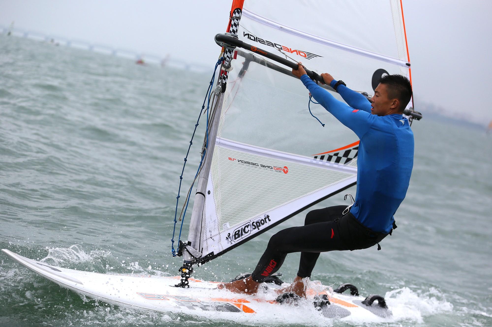 山东省,运动员,冠军赛,天气,帆板 风生水起,怎奈个个都是浪里白条——山东省帆船帆板冠军赛第二天赛况 5V8A2432副本.jpg