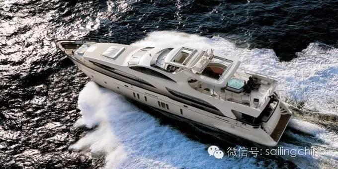 阿兹姆游艇品牌介绍 82694bf5a70240de7ddb96fcb9c63b94.jpg