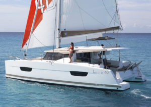 2017年最佳游艇提名 FP-Lucia-40-300x212-1-1-1-1.jpg