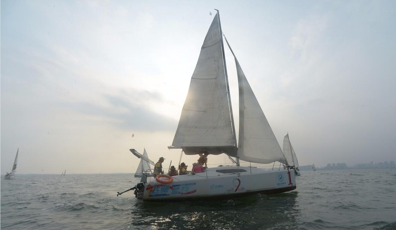从这里出发,收获的绝不仅仅是一本游艇帆船驾驶证,还有... 1f7ba4b82c9d6096bb28b42a77a389b1.jpg