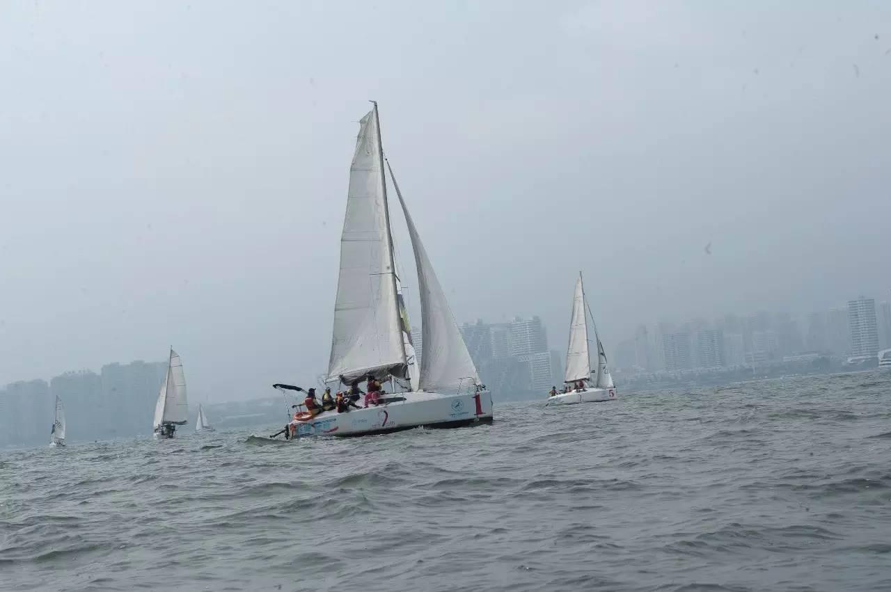 从这里出发,收获的绝不仅仅是一本游艇帆船驾驶证,还有... 0aa2d442b75f32683d460e59d7974b6c.jpg