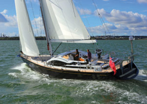 2017年最佳游艇提名 3631557fc9b44a3f7a.png