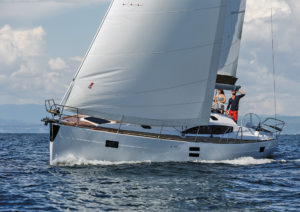 2017年最佳游艇提名 5488457fc9b6f97994.png