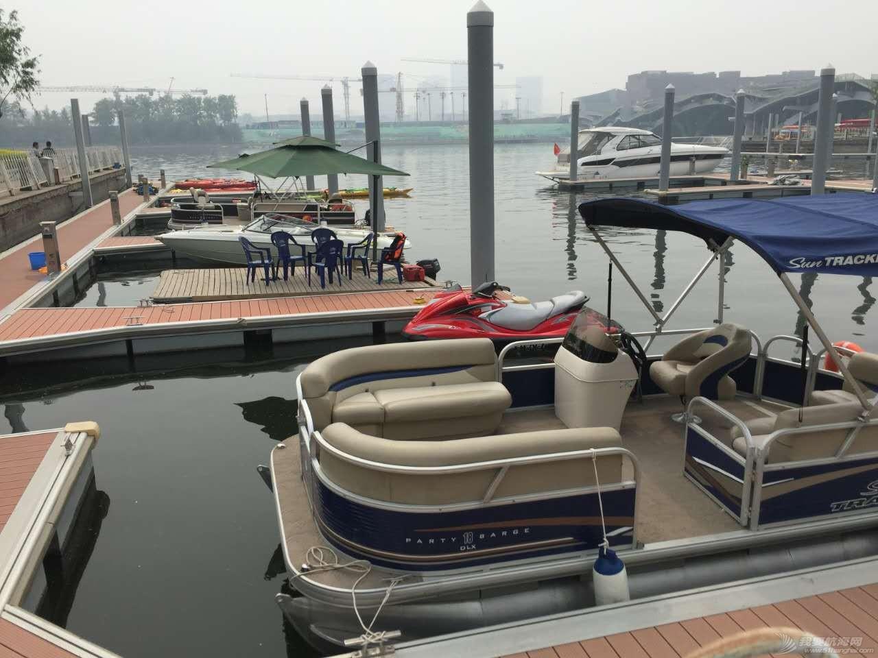 北京运河游艇会 码头一角