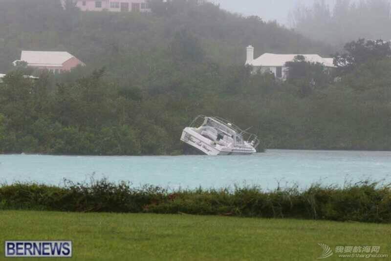 """十月十三日,飓风""""妮可""""重创百幕达。 103044uu7pd8eid77ge28x.jpg"""