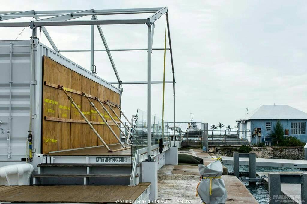 """十月十三日飓风""""妮可""""掠过""""美洲杯""""甲骨文队基地后。 103905sq5hzohtw1mxhqz4.jpg"""