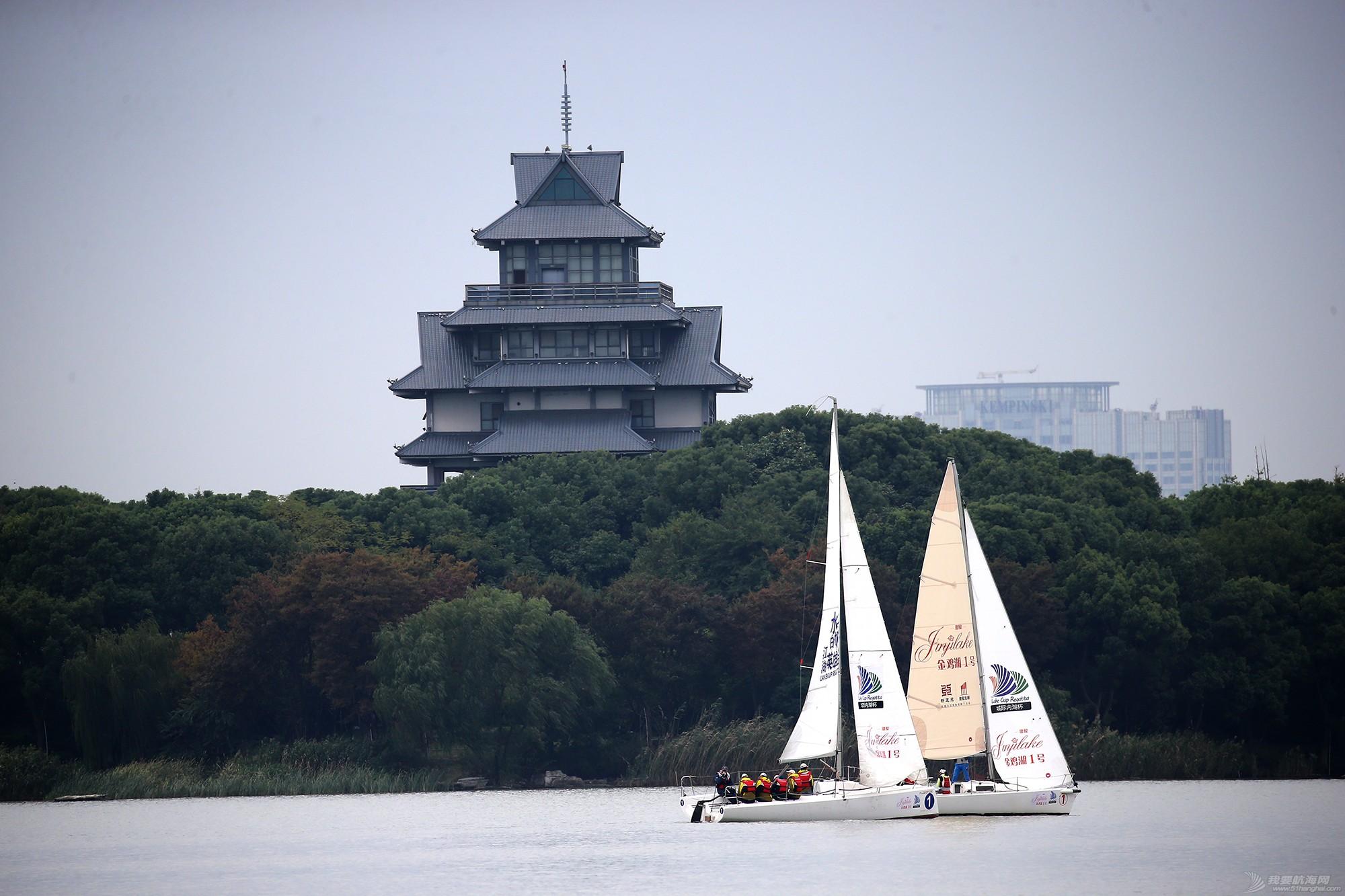 帆船,空间 帆船是灰度空间里跳动的彩色音符 E78W7806.JPG