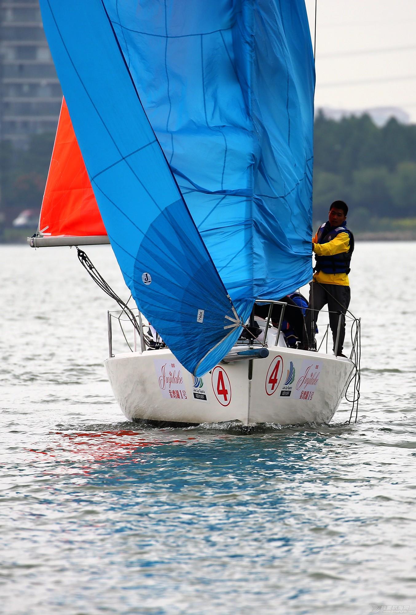 帆船,空间 帆船是灰度空间里跳动的彩色音符 E78W8952.JPG