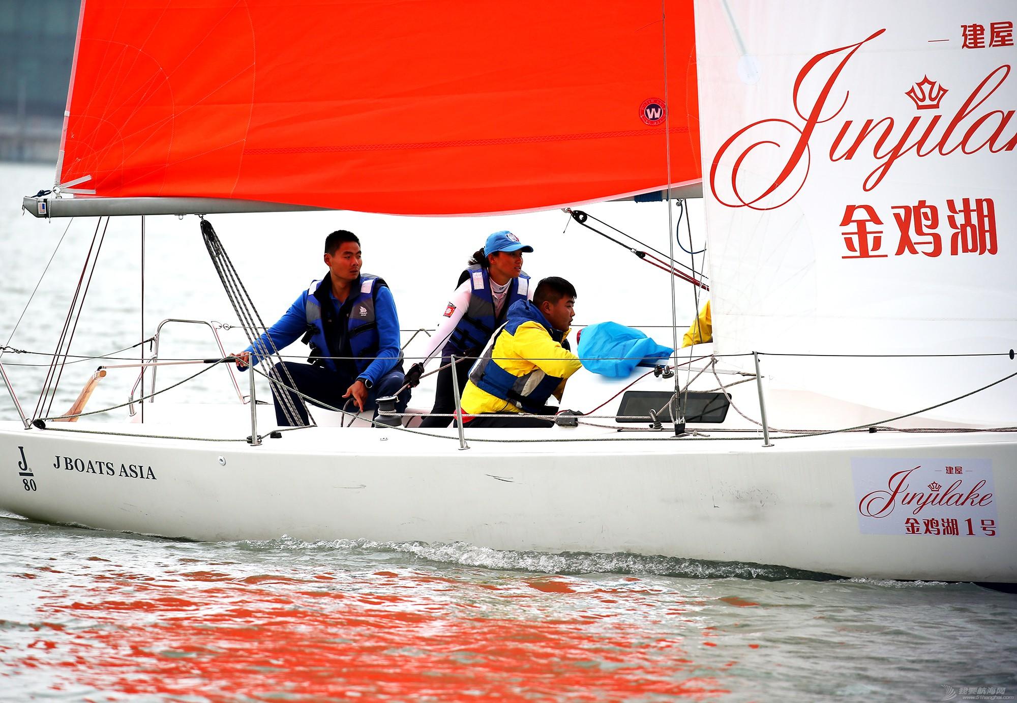 帆船,空间 帆船是灰度空间里跳动的彩色音符 E78W8979.JPG