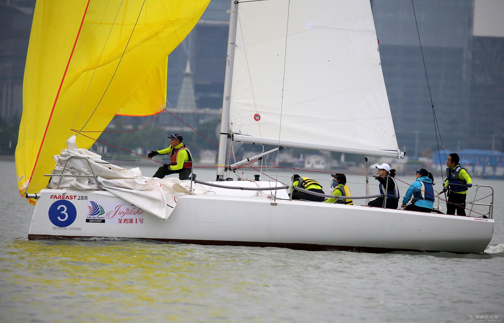 帆船,空间 帆船是灰度空间里跳动的彩色音符 E78W9354.JPG