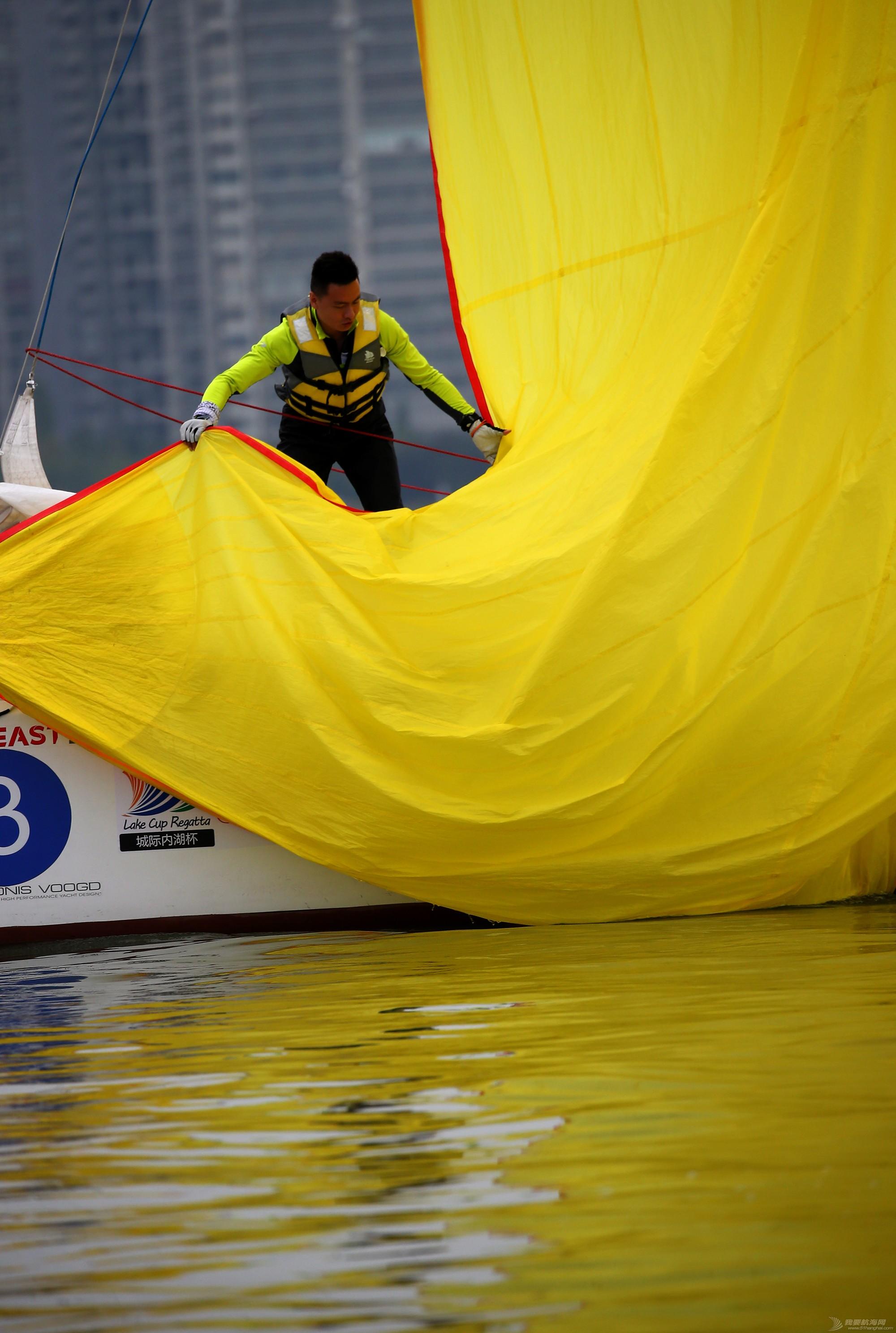 帆船,空间 帆船是灰度空间里跳动的彩色音符 E78W9660.JPG