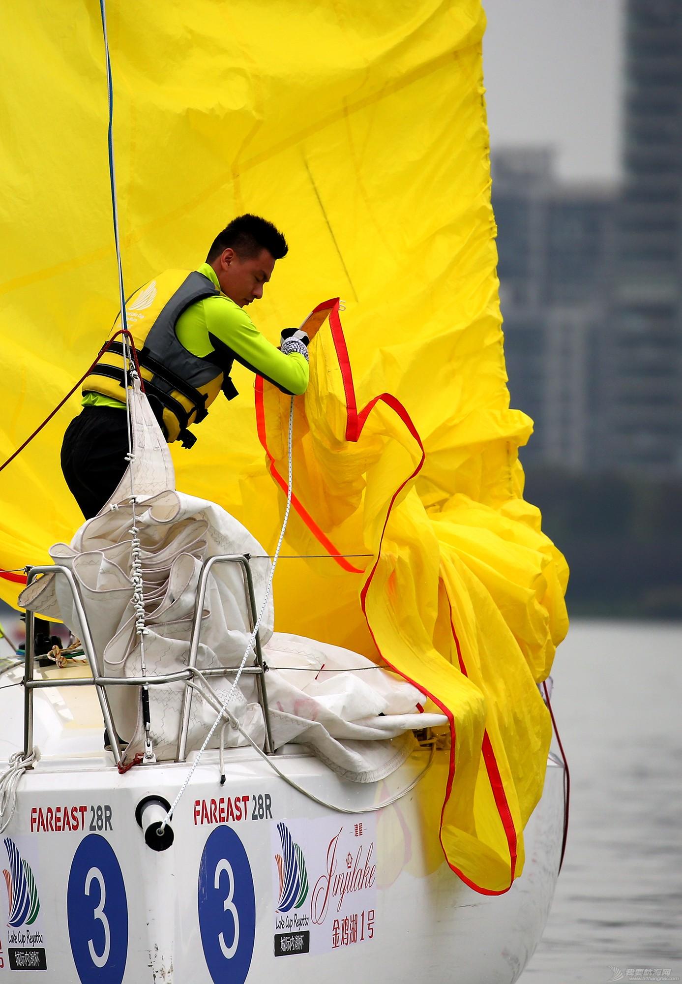 帆船,空间 帆船是灰度空间里跳动的彩色音符 E78W9667.JPG