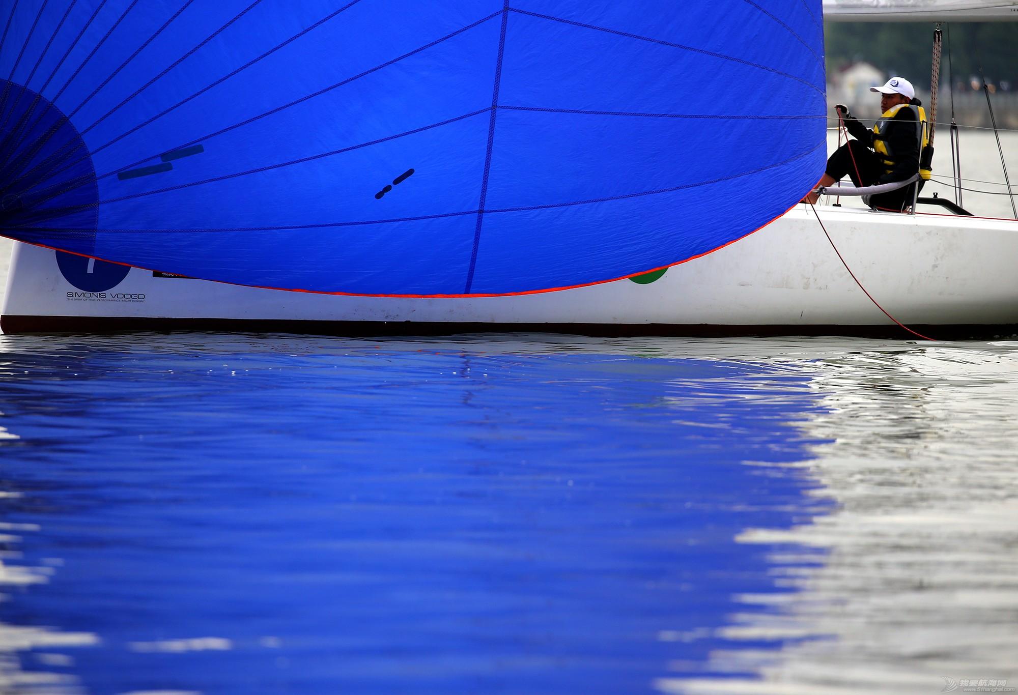 帆船,空间 帆船是灰度空间里跳动的彩色音符 E78W9687.JPG