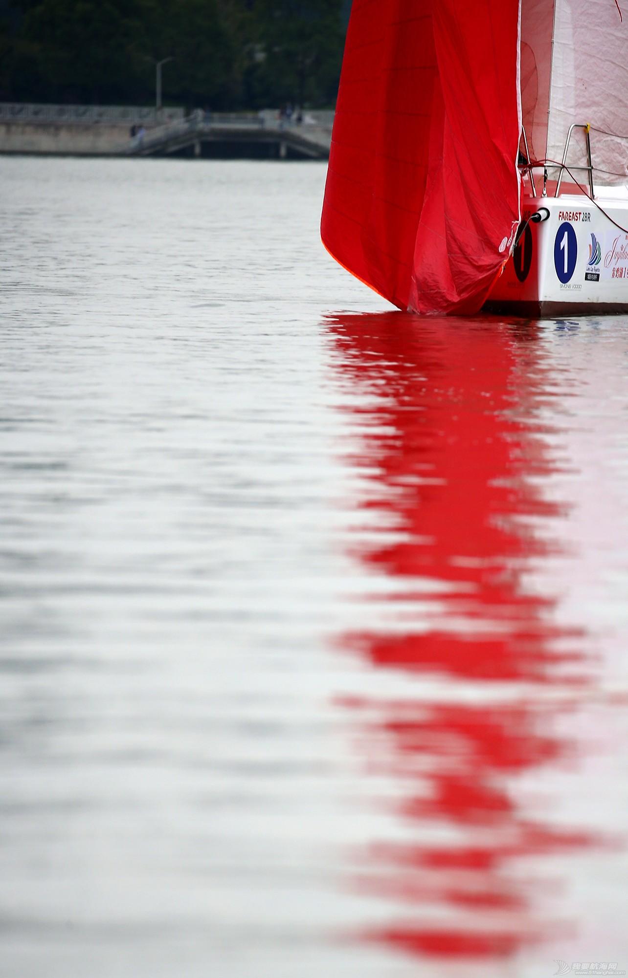 帆船,空间 帆船是灰度空间里跳动的彩色音符 E78W9704.JPG