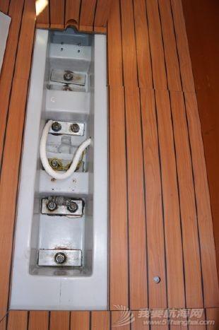 龙骨和压水舱这两种设计比较好 4457723_20130920111543592_1_XLARGE.jpg