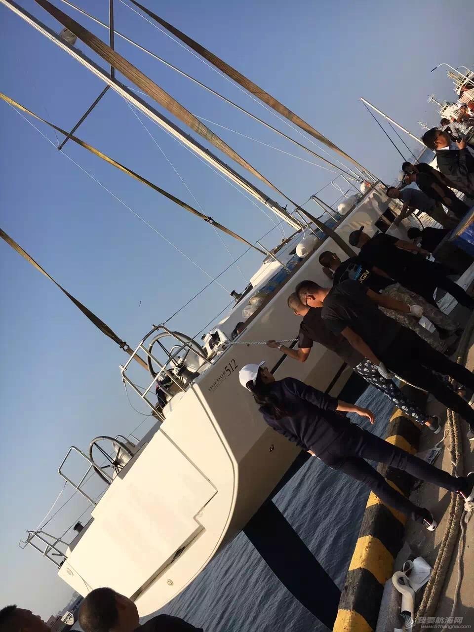 法国,帆船 51尺法国DUFOUR大帆船到港安装桅杆 webwxgetmsgimg.jpg