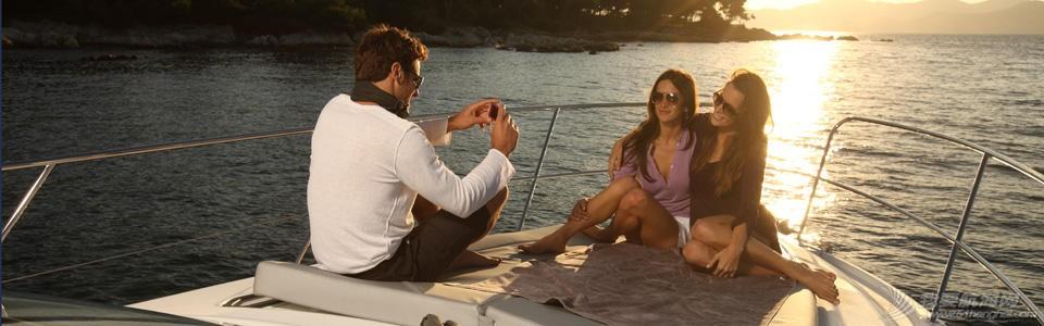 生活方式,大海;博纳多,蓝高,帆船航海; 选择海上生活方式——保留茫茫大海中属于你的一隅 FLYER-GT-38_diaporama
