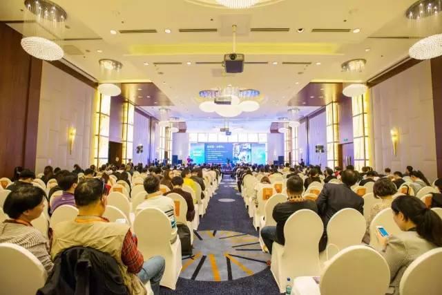 上海酒店,上海国际,亚太地区,知名品牌,生活方式 2017上海国际游艇展就在上海新国际博览中心等你来! ab4cd5f5ac51eca7b8a5a190ab9f2058.jpg