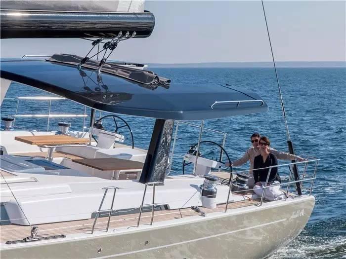 设计公司,碳纤维,日光浴,最大的,制造商 不断被模仿,无法被超越--德国汉斯帆船最新船型:Hanse 675 886f91c65bd0f4251f15b936e30af7fc.jpg
