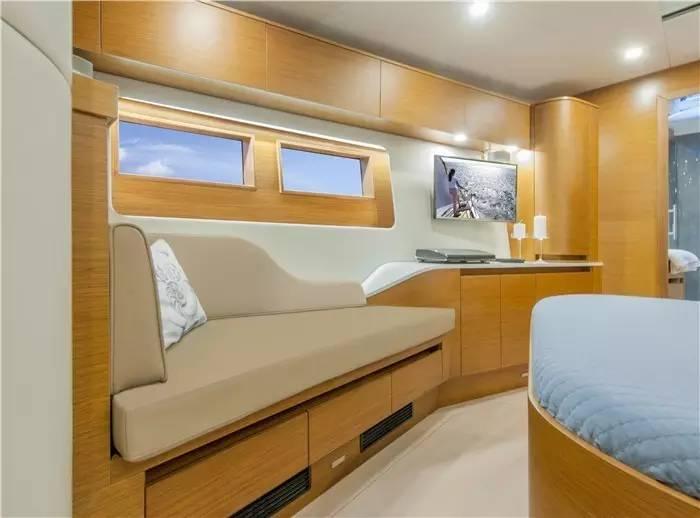 设计公司,碳纤维,日光浴,最大的,制造商 不断被模仿,无法被超越--德国汉斯帆船最新船型:Hanse 675 45e32628764569e628c8ab002f1bffe2.jpg