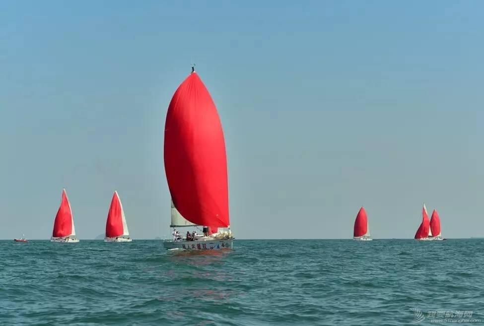 【帆船百科】不知道这些帆船赛的种类,如何去征服星辰大海! 17b7b63cbb4a52e2755caf853880fbf7.jpg