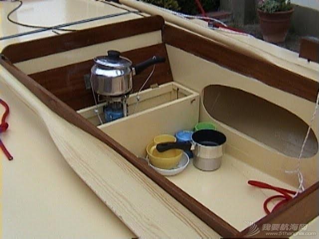 龙骨和压水舱这两种设计比较好