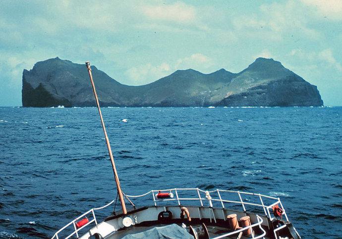 青岛号,郭川,郭川最后通话,横跨太平洋,超级大三体 郭川船长落水时间和地点分析 002OeZamgy6DPnsCXGt25&690.jpg
