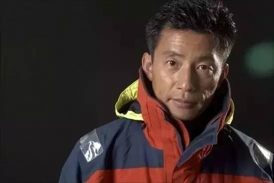 他辞掉国企高管,为梦想漂泊海洋,如今51岁的郭川失联了,我们依然等他 c4065d0b2f727aaca776fea9367162ee.jpg