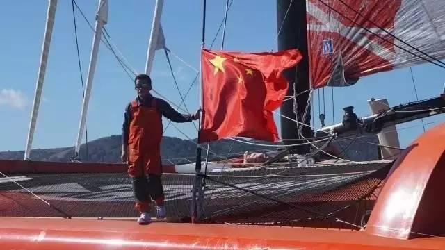他辞掉国企高管,为梦想漂泊海洋,如今51岁的郭川失联了,我们依然等他 0ccbcd1faaf0cb85587412d232c270e4.jpg