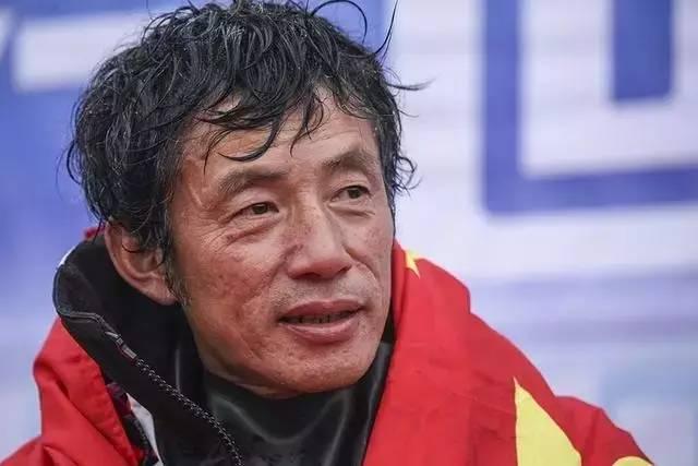 他辞掉国企高管,为梦想漂泊海洋,如今51岁的郭川失联了,我们依然等他 e6270fe00cad944d3339995db650c00e.jpg