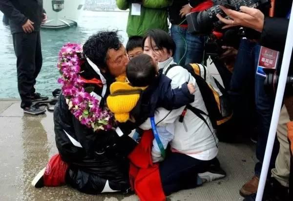 他辞掉国企高管,为梦想漂泊海洋,如今51岁的郭川失联了,我们依然等他 1d850021d31dab6ce0e380530fd6ca28.jpg
