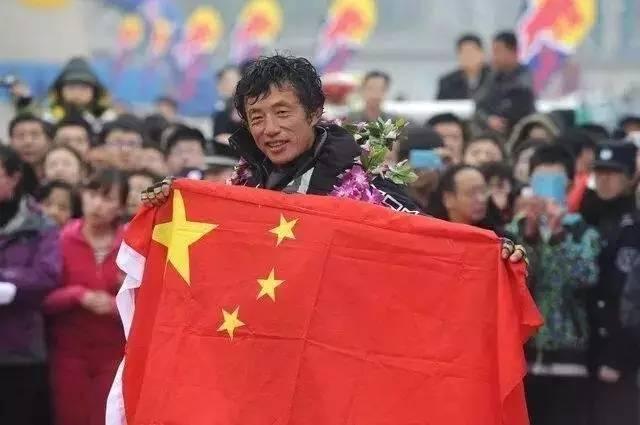 他辞掉国企高管,为梦想漂泊海洋,如今51岁的郭川失联了,我们依然等他 68f036057a4a09aa6f4846094f9613d5.jpg