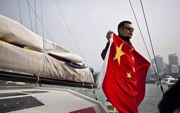 他辞掉国企高管,为梦想漂泊海洋,如今51岁的郭川失联了,我们依然等他 4ae040767430198fb8dec080d7d450af.jpg