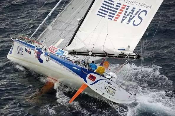 挑战极限的旺代单人环球帆船赛,终于出现了第一个亚洲人! 2d6dd12f377688a06e5ddcd15ec41c01.jpg