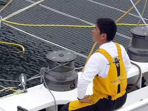 挑战极限的旺代单人环球帆船赛,终于出现了第一个亚洲人! c8bd52af5f81d46800b5eeb79b67d117.jpg