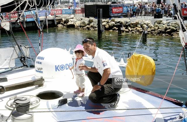 挑战极限的旺代单人环球帆船赛,终于出现了第一个亚洲人! da0f02e1b962000166f62d129b4822c8.jpg