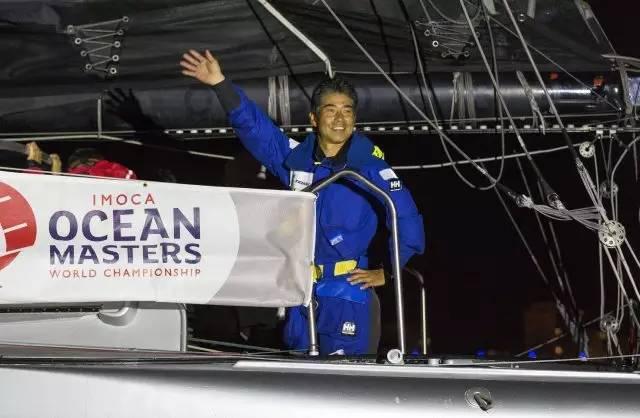 挑战极限的旺代单人环球帆船赛,终于出现了第一个亚洲人! 6c2f8f8b37b6472fbc4b7f720a501e26.jpg