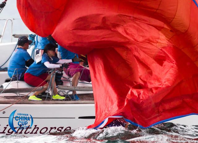 他们不是孤胆英雄,只是命中注定属于大海和帆船 2b2e1cdb2cb4a310ba4f0c8b10bfcf08.jpg