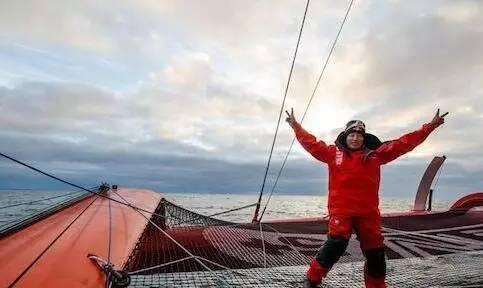 他们不是孤胆英雄,只是命中注定属于大海和帆船 1326737c4c7eac819efe26b6f848c7d3.jpg