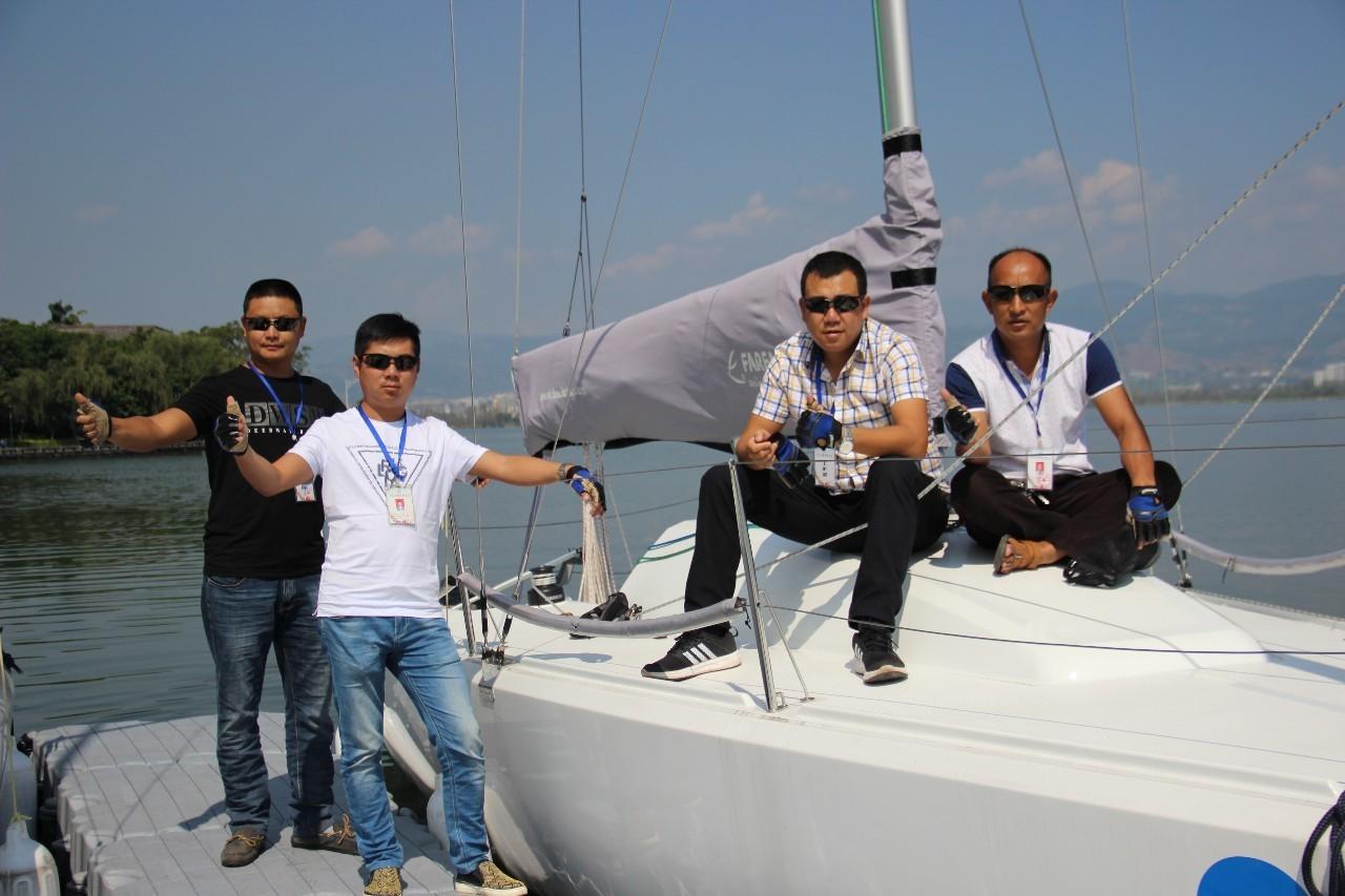 不见不散,帆船,西昌,国际 岸上跑西马 ——20艘帆船集结完毕 11月5日将扬. e960789de77b357ed672c5bd66efa916.jpg
