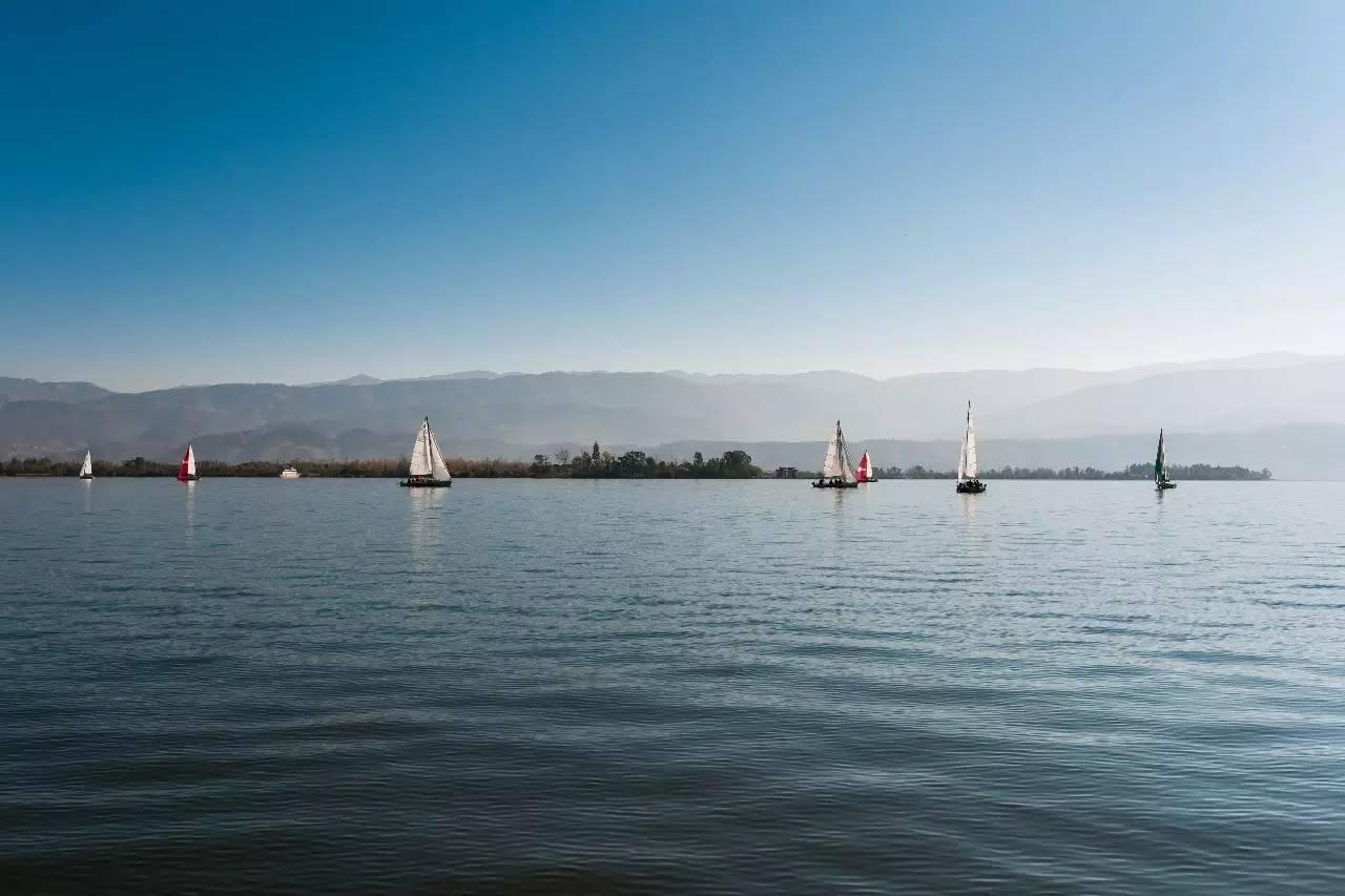 川西高原用帆船约你秋天去邛海撒个欢吧! 473673dd5599ce856262e00a45ecdfb1.jpg