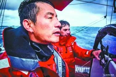 他们不是孤胆英雄,只是命中注定属于大海和帆船 85879aff1774e6b5f1ea06cac5cc9f4d.jpg
