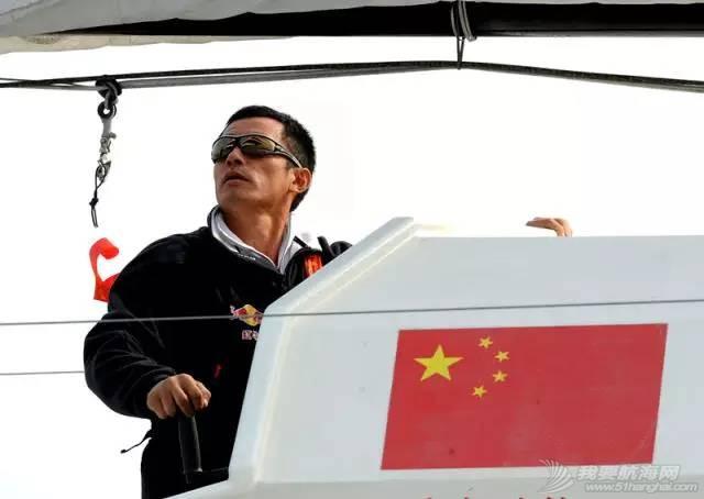 他仍然在大海上飞翔——新华社记者眼中的郭川 b63d71c5b8fcb945720182279a3cc989.jpg